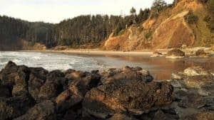pacific northwest rocky beach in fall